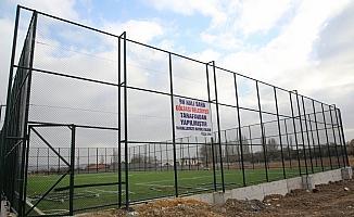 Gölbaşı Belediyesi dört futbol sahasının yapımını tamamladı