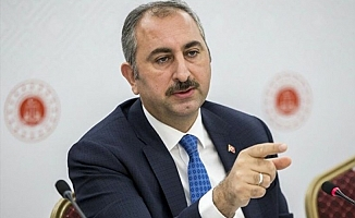 Adalet Bakanı Gül, 10 Ocak Çalışan Gazeteciler Günü'nü kutladı
