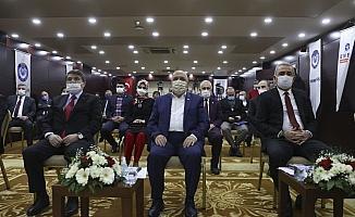 Hak-İş Genel Başkanı Arslan Hizmet-İş Sendikasının 43. kuruluş yıl dönümü programına katıldı: