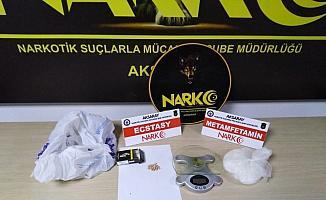 Aksaray'da uyuşturucu sattıkları iddiasıyla yakalanan 3 şüpheli tutuklandı
