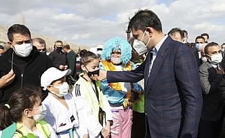 Çevre ve Şehircilik Bakanı Kurum, Beypazarı ve Ayaş ilçelerini ziyaret etti