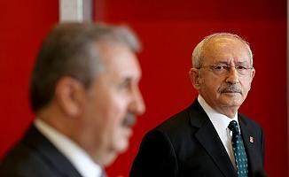 Destici HDP'yi yerden yere vururken, Kılıçdaroğlu dinledi