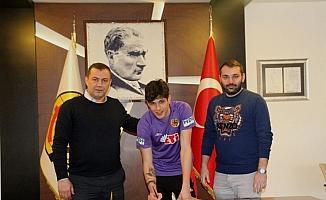 Eskişehirspor, kaleci Cengiz Alp Köseer ile sözleşme yeniledi