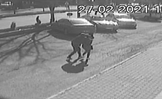 Nevşehir'de erkek arkadaşının bıçaklayarak öldürdüğü kadının güvenlik kamerası görüntüleri ortaya çıktı