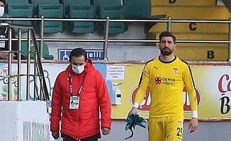 Sivasspor'da sakatlanan kaleci Muammer Yıldırım'ın sağlık durumu yarın belli olacak