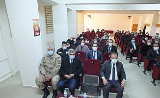 İstiklal Marşı'nın kabulünün 100. yılı dolayısıyla Ulaş'ta program düzenlendi