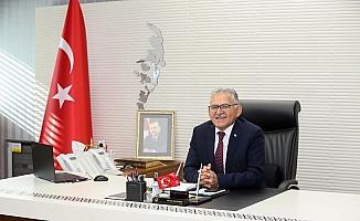 Kayseri Büyükşehir Belediye Başkanı Büyükkılıç'tan Yaşlılar Haftası mesajı