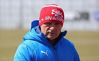Sivasspor'un hedefi Süper Lig'de kalan 11 maçı en iyi şekilde bitirmek