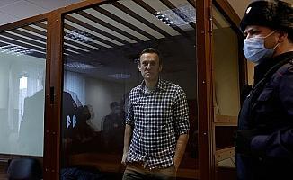 Rusya'da açlık grevindeki muhalif Navalnıy hastaneye sevk edilecek