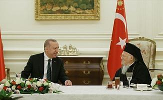 Cumhurbaşkanı Erdoğan azınlık cemaatlerinin temsilcileriyle iftar yaptı