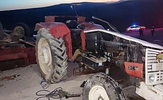 GÜNCELLEME - Başkentte traktörün devrilmesi sonucu 3'ü çocuk 4 kişi hayatını kaybetti, 18 kişi yaralandı