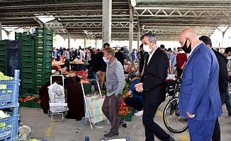 Kırıkkale Valisi Sezer, pazar yerlerini denetledi