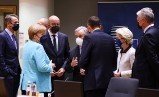 AB göç anlaşması için Türkiye'ye 3 milyar euro verecek