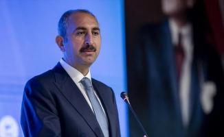 Adalet Bakanı Gül: Darbenin ruhunun sindiği bu anayasa Türkiye'yi 2023'lere taşımaktan uzaktır