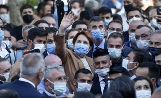 İYİ Parti Genel Başkanı Akşener Niğde'de esnafı ziyaret etti: