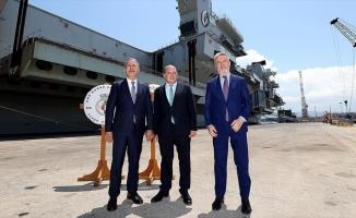 Milli Savunma Bakanı Akar, İtalya ve İngiltere Savunma Bakanları ile Sicilya'daki üçlü toplantıda bir araya geldi