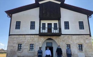Ulaş Kaymakamı Nayman, Mihrali Bey Konağı'nda incelemelerde bulundu
