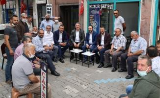 AK Parti heyeti Nevşehir esnafını ziyaret etti