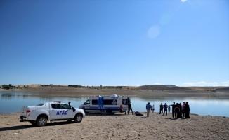 GÜNCELLEME - Kayseri'de baraj gölünde kaybolan ikisi çocuk 3 kişinin cansız bedenine ulaşıldı