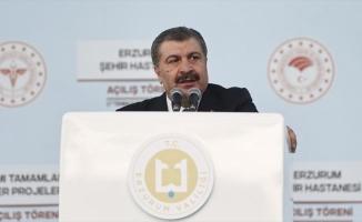 Sağlık Bakanı Koca'dan 'Kovid-19 tedbirlerine uyalım, aşımızı bir an evvel olalım' çağrısı
