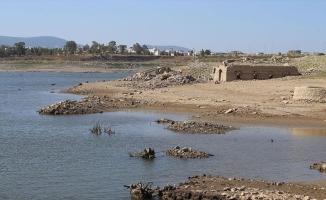 Bodrum'un suyunu karşılayan Mumcular Barajı yüzde 10'luk seviyenin altına düştü