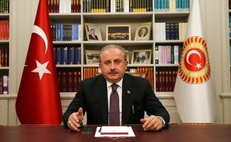 TBMM Başkanı Şentop: Türkiye ile İtalya iş birliği içinde çalışma iradelerini G20'ye de taşımalı