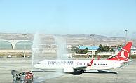 Esenboğa'dan THY'nin İlk Paris Uçuşu Gerçekleşti!