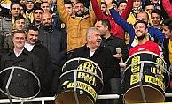 Mehmet Yiğiner ve Yöneticiler Kale Arkasında!