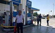 LPG'li otomobil akaryakıt istasyonunda alev aldı