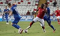 Antalyaspor ikinci yarıda attığı gollerle galip