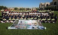 Gazzeli sporculardan Türk insani yardım görevlisine teşekkür