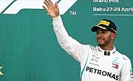 Hamilton'dan üst üste 4. zafer