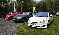 Elektrikli otomobil tutkunları buluştu