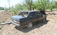 Konya'da otomobil ağaca çarptı: 3 yaralı