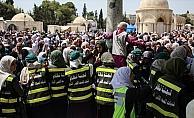Mescid-i Aksa'da ramazanda düzeni gönüllü kadınlar sağlıyor