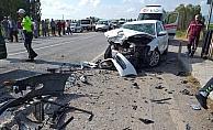 Konya'da iki otomobil köprüde çarpıştı: 2 ölü, 3 yaralı