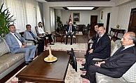 Satranç Federasyonu Başkanı'ndan Vali Meral'e ziyaret