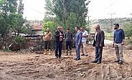 Vali Aktaş, selden zarar gören arazileri inceledi