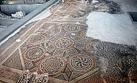 Dünyanın tek parça en büyük taban mozaiği görücüye hazırlanıyor
