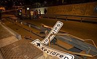 Gurbetçi ailenin otomobili bariyerlere çarparak devrildi: 2 yaralı