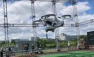 Japonya'da prototip uçan otomobil deneme uçuşu yaptı
