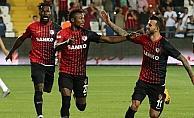 Gazişehir Gaziantep'in maçları hem gollü hem 'renkli'