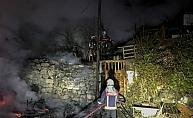 Ankara Keçiören#039;de gecekondu yangını