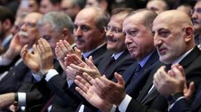 Erdoğan#039;ı hayran bırakan Necip Fazıl performansı